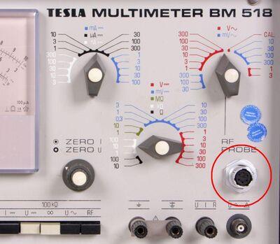bm518_multimeter_RF konektor.jpg