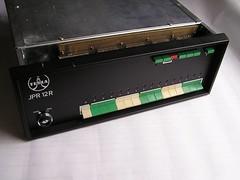 JPR 12R -- Přední panel s programovacími tlačítky